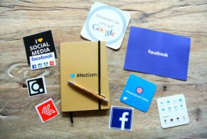 facebook-instagram-logos-